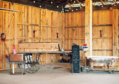 Thompson Farms Barn wedding